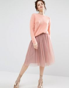 http://www.asos.fr/willow-and-paige/willow-and-paige-pull-duveteux/prd/7006522?iid=7006522