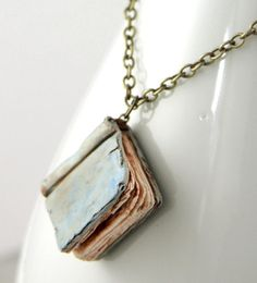 Another adorable handmade necklace from NeverlandJewelry/Etsy that I would love to wear around my neck. $20.00