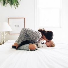 ♡ On Pinterest @ kitkatlovekesha ♡ ♡ Pin: Photography ~ Mother & Baby Cuddling in Bed ♡