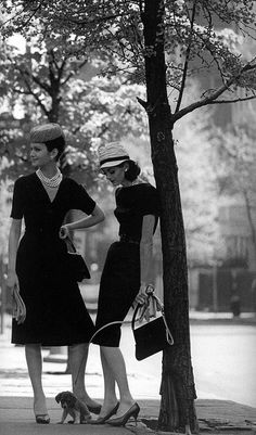 love the dress on the right -- Jerry Schatzberg 1959