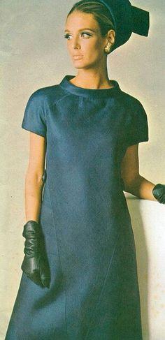 Model Deborah Dixon In Irene Galitzne  Vogue Italia 1966
