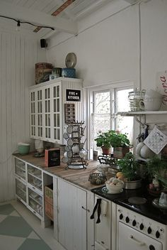 This wouldn't be practical in my kitchen but, I absolutely adore how charming and rustic it is!
