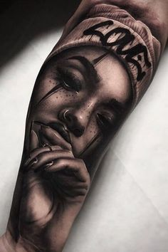 woman's face with a scar Chicanas Tattoo, Skull Girl Tattoo, Girl Face Tattoo, Girl Arm Tattoos, Forearm Tattoos, Body Art Tattoos, Portrait Tattoo Sleeve, Chicano Tattoos Sleeve, Best Sleeve Tattoos