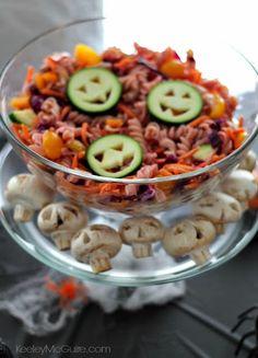 Halloween Cute Food & Party Table Decor Ideas #AllergyFriendly #GlutenFree