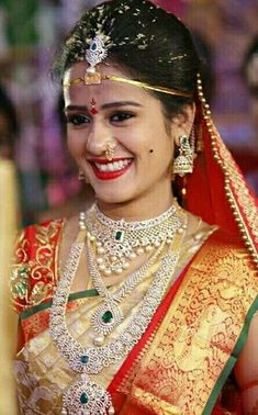 Diamonds rule: modern trends for the south Indian bride Telugu Brides, Telugu Wedding, Saree Wedding, Wedding Bride, Wedding Hair, Bridal Hair, Bridal Tips, Wedding Outfits, Wedding Shoot