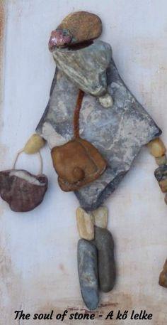 Akőlelke papptimi taspano pebbles piedras k akőlelke papptimi pebbles piedras recuperation taspano Stone Crafts, Rock Crafts, Diy Arts And Crafts, Pebble Stone, Stone Art, Pebble Painting, Stone Painting, Pebble Art Family, Rock Sculpture