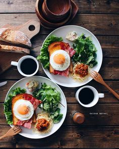 joy of cooking cookbook original, cooking turkey breast down. Delivery Comida, Healthy Breakfast Recipes, Healthy Recipes, Breakfast Platter, Think Food, Food Platters, Food Goals, Cafe Food, Aesthetic Food