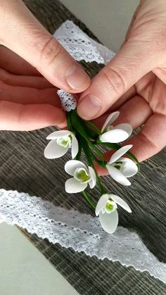 Pin with realistic handmade snowdrops flowers of polymer clay. Spring jewelry, gift for her, gift for Mom Cute Polymer Clay, Polymer Clay Flowers, Polymer Clay Charms, Handmade Polymer Clay, Polymer Clay Jewelry, Clay Beads, Clay Earrings, Cold Porcelain Flowers, Ceramic Flowers