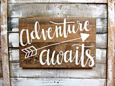 Items similar to Adventure Awaits Hand-Lettered Wood Sign // Woodland Arrow Nursery Decor // Gender Neutral // Hand Lettered Hand Painted on Etsy – Tik wood art Diy Wood Signs, Pallet Signs, Rustic Signs, Boho Hippie, Hippie Style, Arrow Nursery, Maila, Kids Wood, Pallet Art