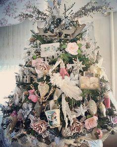 Vintage ephemera Christmas Tree