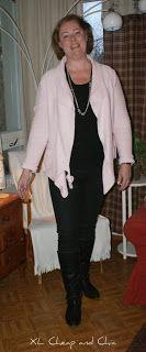 XL Cheap & Chic: Mustaa ja vaaleanpunaista I - Black and pink I