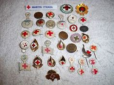 34 PIECE ANTIQUE VINTAGE AMERICAN RED CROSS PINS