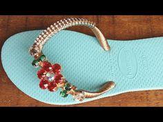 Chinelo: Como Calcular o Preço de Venda e Dicas de Vendas - YouTube Glass Slipper, Designer Shoes, Diy And Crafts, Flip Flops, Girl Fashion, Slippers, Footwear, Boots, Bracelets