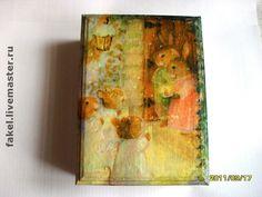 "Купить Шкатулка ""Сочельник"" "" или ""Little Mice Carolers&a - шкатулка… Christmas Decoupage, Decoupage Box, Christmas Gift Box, Painting, Art, Art Background, Painting Art, Kunst, Paintings"