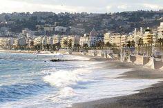 14 expositions à la gloire de la Promenade des Anglais cet été à Nice Martin Parr, Magnum Photos, Promenade Des Anglais, Nice Ville, Nice France, Paris Ville, Expositions, River, Beach