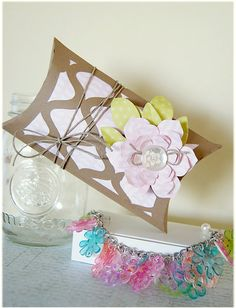 Make this bracelet and envelope for your mom using your Cricut machine and Something To Celebrate and Flower Shoppe cartridges!