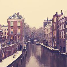 Old Dutch houses along the canal in Utrecht, Netherlands. #dutch #netherlands #canals #europe #travel #explore #holiday #trip #worldtravel #utrecht