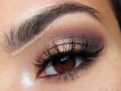 make up tips with naked 3 eye make up | Urban Decay 24/7 glide-on pencil in Zero Urban Decay 24/7 glide-on ...