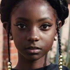 Pictured: Kheris Rogers- 10 year old starts clothing line after being bullied for her dark skin Black Girls Rock, Black Girl Magic, Black Kids, Beautiful Children, Beautiful People, Dark Skin Beauty, Black Beauty, Beautiful Black Girl, Brown Skin Girls