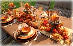 Brown and Orange Table for backyard Fall luncheon by Dining Delight Thanksgiving Home Decorations, Thanksgiving Table Settings, Thanksgiving Centerpieces, Fall Home Decor, Rustic Thanksgiving, Orange Table, Fall Table, Autumn Theme, Tablescapes