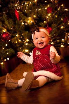 Vianočné zvyky: Ukážte ich deťom, predsa v nich je to čaro First Christmas Photos, Babies First Christmas, Christmas Baby, Christmas Pictures, Christmas Tree, 6 Month Baby Picture Ideas, Baby Girl Pictures, Baby Photos, Newborn Photos