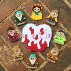 Apple Princess finger puppets