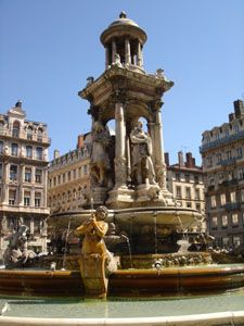 Fontaine de la place des Jacobins à Lyon France
