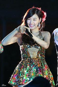 131019 SMtown Concert At Beijing - Snsd | TaeTiSeo - Tiffany Hwang Miyoung #TTS #fantaken