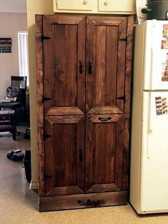 DIY Pallet Cabinet with Bin Holder & Pet Bowls | Pallet Furniture DIY