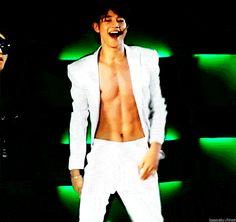Happy Birthday: 10 Photos of SHINee's Minho being naturally hot
