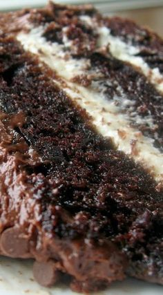 Chocolate Layer Cake with Cream Cheese Filling and Chocolate Buttercream Chocolate Cake Recipe If yo Köstliche Desserts, Delicious Desserts, Dessert Recipes, Yummy Food, Breakfast Recipes, Cake Filling Recipes, Layer Cake Recipes, Free Breakfast, Easy Cake Recipes