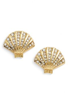 Absolutely love these Kate Spade clam stud earrings.