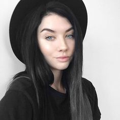 What is rest black hair pale skin, black curly hair, hair skin nails, dark hair Black Hair Pale Skin, Black Curly Hair, Dark Hair, Brunette Highlights, Brunette Color, Fair Skin Makeup, Hair Makeup, New Hair, Your Hair