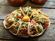 Tacos Al Pastor - Life's Limonada Fajitas Vegetarianas, North American Food, Nacho Taco, Tacos Mexicanos, Taquitos Al Pastor, Traditional Mexican Food, Mexican Kitchens, Mexico Food, Mexican Food Recipes