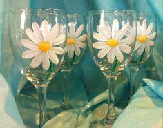 DAISY WINE GLASSES Set / 4 by LorisOriginals on Etsy