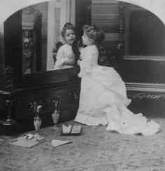 #Victorian #child #girl #mirror #portrait #adorable #cute #1800s #dress