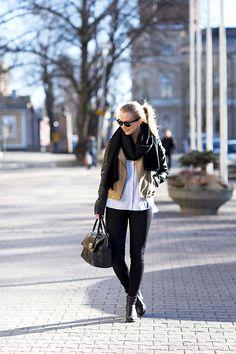Leather Jacket | Jonnamaista