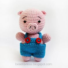 Reco the pig - amigurumi pattern  * This is a pattern, not a finish product **