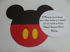 Convite do Mickey    Convite todo trabalhado com papel e técnicas de SCRAP.