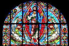 Poitiers Cathédrale le haut du vitrail sur la crucifixion