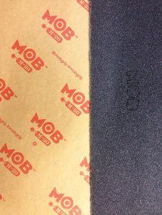 A nova lixa /mobgrip M-80 com uma gramatura mais fina e com o logo vazado já está disponível na loja ! Só chegar  #mob #m80 #skateboard #skateshop #nahbtem #hbpoint #skateshopdeverdade #skateshop #skatelife #mobgrip