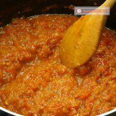 Acest sos din roșii și ardei este conserva preferată a întregii familii! Îl prepar deja câțiva ani la rând! - savuros.info