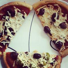 .@baylee badawy   vegan pizza though  #vegan #pizza   Webstagram - the best Instagram viewer