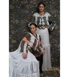 IE TRADITIONALA ROMANEASCA MANECA LUNGA MOTIVUL CUCUTENI Folk Costume, Costumes, Ethnic Fashion, Kimono Top, Sari, Traditional, Romania, Europe, Tops