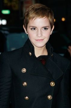 pixie hair-style - I wish I could pull this off... It would make getting ready so much easier!!