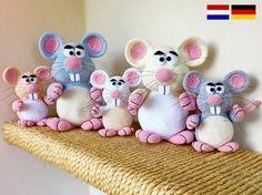 Jetzt nicht nur eine Maus, sondern gleich ganz viele Mäuse häkeln. Die Wollmäuse freuen sich schon auf Dich. Sie spielen gern mit Dir. Leg gleich los,