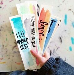 """Totally Awesome DIY Bookmarks I love a good book–I used to read all the time-but I""""m the type that gets so wrapped up in a good book that I literally neglect EVERYTHING until I finish the book! So maybe I need to craft me up some cute bookmarks so I would Cute Bookmarks, Creative Bookmarks, Diy Crafts Bookmarks, Free Printable Bookmarks, Craft Projects, Projects To Try, Diy Cadeau, Watercolor Bookmarks, Marque Page"""