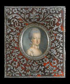 Miniature portrait of Marie-Antoinette Lovers Eyes, Miniature Portraits, Decorative Panels, Marie Antoinette, Miniatures, Mix Media, Versailles, Austria, Frame