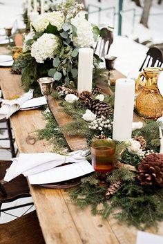 Winter Wedding Receptions, Winter Wedding Centerpieces, Winter Wedding Flowers, Wedding Reception Tables, Pinecone Wedding Decorations, Winter Themed Wedding, Winter Engagement Party, Wedding Table Settings, Christmas Decorations
