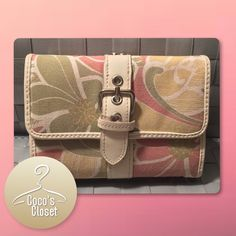 Relic wallet Cute wallet; gently loved. Holds a lot considering it's size. PRICE FIRM on all items marked $15 and below. Relic Bags Wallets